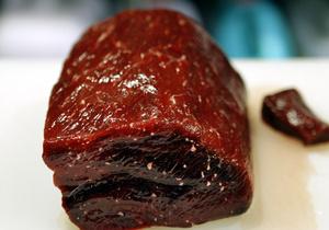 Исследование: 50% мясных продуктов в США заражены стафилококком