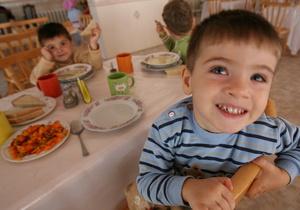Мэрия проверит качество питания в детских садах Киева