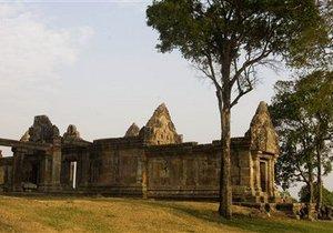Военные Таиланда и Камбоджи снова вступили в перестрелку из-за спорного храма: есть погибшие