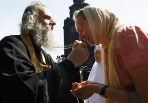 Опрос: Почти половина украинцев принадлежат к церкви Московского патриархата