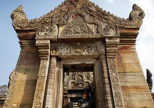 Камбоджа обвинила Таиланд в применении химического оружия