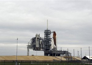 Последний запуск шаттла Endeavour отложили из-за технических проблем