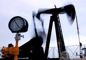 Новость о ликвидации бин Ладена снизила цены на нефть, доллар растет