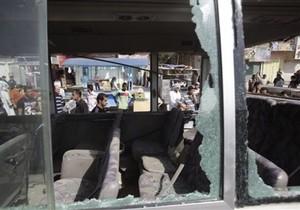 В результате взрыва автомобиля в Багдаде погибли 16 человек