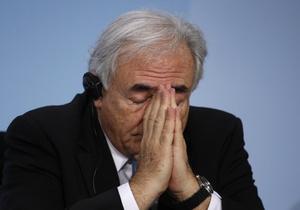 Арест Стросс-Кана шокировал Францию: его карьере пришел конец