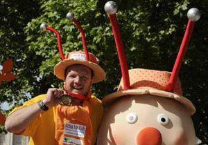 Участник лондонского марафона почти месяц полз к финишу