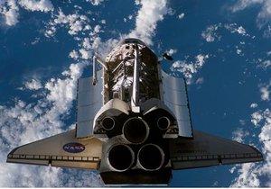 Шаттл  Endeavour состыковался с МКС