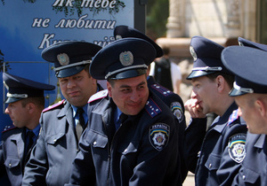 Еще не very well: мэр Донецка оценил уровень английского языка местной милиции