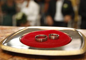 В Украине хотят повысить возраст вступления в брак