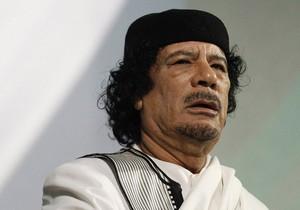 Каддафи заявил, что не намерен покидать Триполи