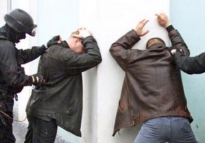 В Одессе грабители из Донецкой области, пытаясь скрыться на машине, врезались в дерево