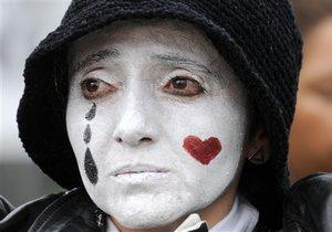 Исследование: Приступы плохого настроения у женщин являются врожденными