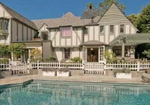 Кейт Хадсон и фронтмен Muse приобрели дом в пляжном пригороде Лос-Анджелеса