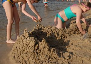 Киевсовет проверит законность добычи песка в столице