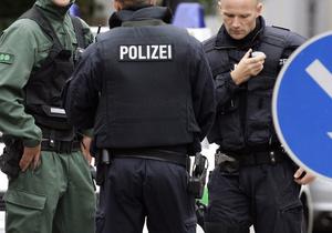 В Германии неизвестный ворвался в клинику и захватил ребенка в заложники