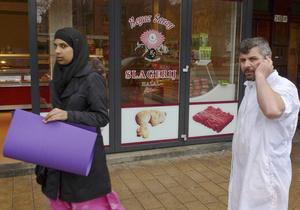 В Нидерландах мусульманам и иудеям могут запретить убой скота без оглушения