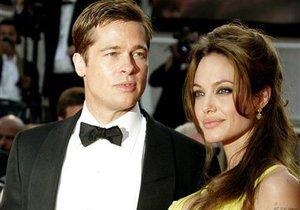 Источник: Свадьба Джоли и Питта может состояться этой осенью