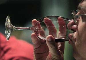 Французские ученые: Вино может заменить тренажерный зал