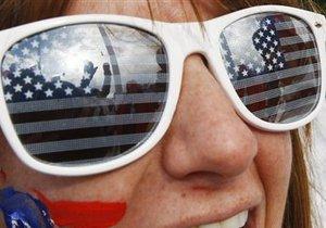 Опрос: Самой привлекательной для эмиграции страной украинцы считают США