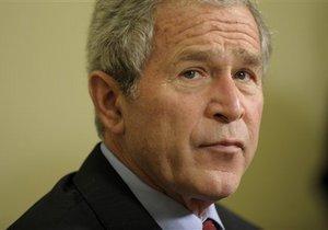 Правозащитники призвали Обаму судить Буша-младшего