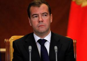 Медведев внес в Госдуму законопроект о кастрации педофилов