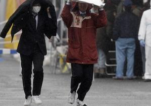 К южному побережью Японии приближается мощный тайфун