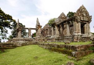 Суд ООН обязал Таиланд и Камбоджу вывести войска с территории древнего храма кхмеров