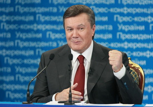 Пользователи Facebook требуют от Януковича переплыть Днепр
