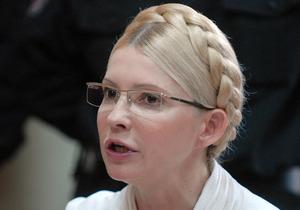 Тимошенко нужно три дня на поиск новых адвокатов