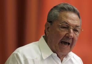Рауль Кастро: Куба смягчит миграционную политику