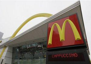 Сын премьер-министра Швеции устроился на работу в McDonald's