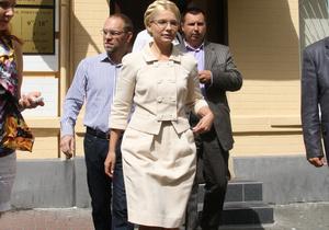 Суд согласился выслушать только двух свидетелей Тимошенко. Рассмотрение дела продолжится завтра