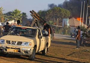 Силы Каддафи обстреливают Триполи