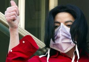 Суд отказался вызывать в качестве свидетеля дерматолога Майкла Джексона