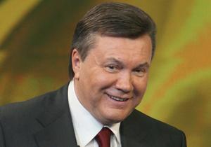 Янукович открыл в Киеве гимназию, где