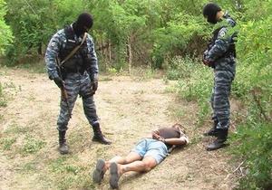 В Николаевской области правоохранители обнаружили гектар элитной конопли