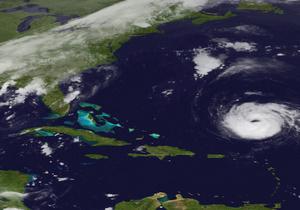 Ураган Катя в Атлантическом океане усилился до четвертой категории