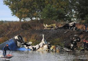 Выживший при крушении Як-42 бортпроводник переведен в общую палату