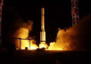 Россия успешно вывела на орбиту военный спутник