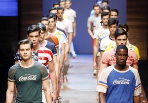 Исследование: Одежда влияет на расовые предрассудки