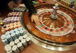 В американском казино разыгрывают пластические операции