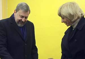 Супруга осужденного противника Лукашенко обратилась за помощью к женам Медведева и Путина