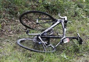 В Италии вор всю ночь пилил дерево, чтобы украсть велосипед