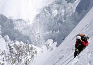 В Гималаях погиб известный российский альпинист