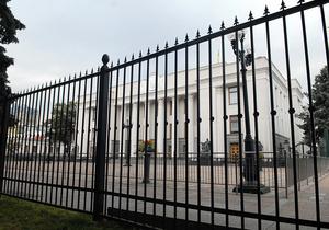 СМИ: Установить двухметровый забор под Радой распорядился именно парламент