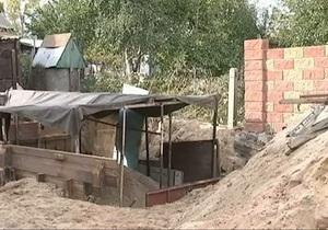 В Сарнах Ровенской области закрыли четыре школы на время обезвреживания авиабомбы