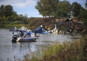 СМИ: Эксперты подтвердили версию о вине одного из пилотов в крушении Як-42 под Ярославлем
