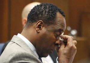 Эксперт: Врач Джексона нарушал стандарты медицинской практики