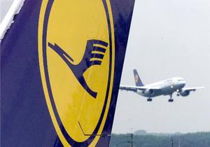 Самолет Lufthansa совершил экстренную посадку из-за неизвестного запаха на бортовой кухне