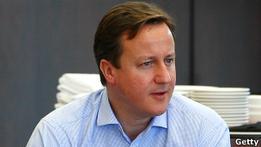 Лондон грозит лишить помощи страны, притесняющие геев